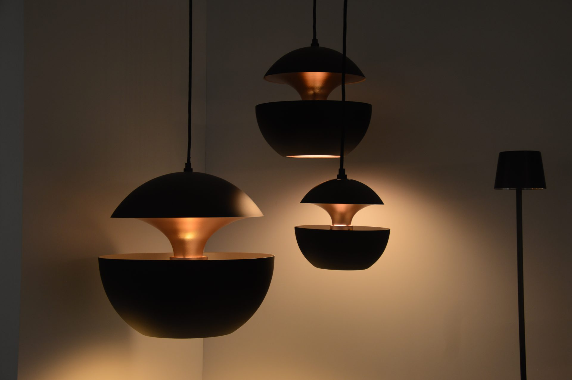 Hanglampen bogaard lichtdesign elektra for Hanglamp eettafel